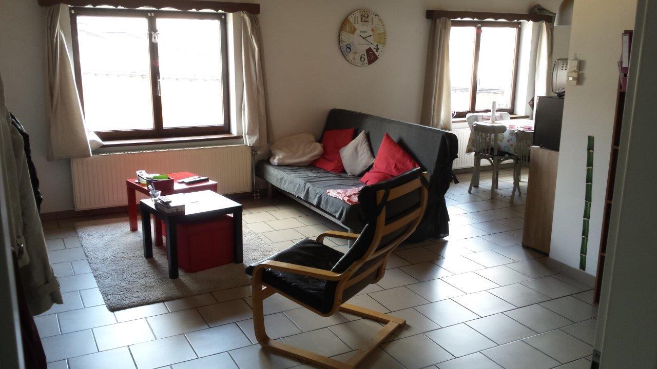 location de chambres tudiants libramont. Black Bedroom Furniture Sets. Home Design Ideas